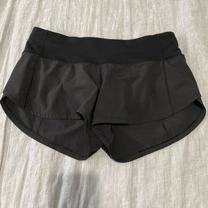 Lululemon Speed Up Shorts Black Swift Size 4 Reg